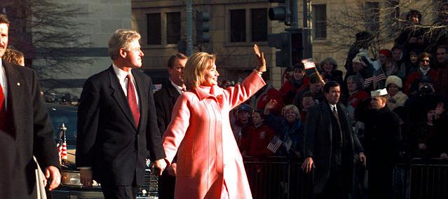 Il gigantesco e meraviglioso mistero di casa Clinton