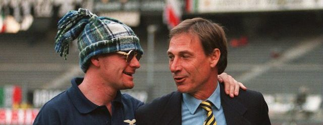 11 APR 1995:  PAUL GASCOIGNE WITH COACH ZEDEK ZEMEN BEFORE THE 2ND LEG OF THE ITALIAN CUP SEMI FINAL BETWEEN JUVENTUS AND LAZIO IN TURIN. Mandatory Credit: Allsport UK/ALLSPORT
