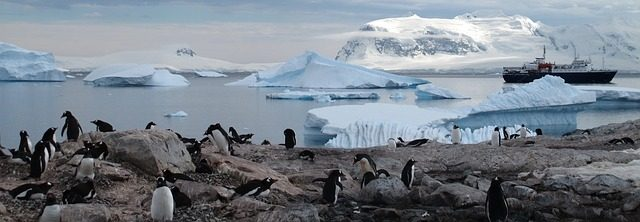 antarctica-940554_640