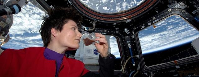astronaut-857102_960_720