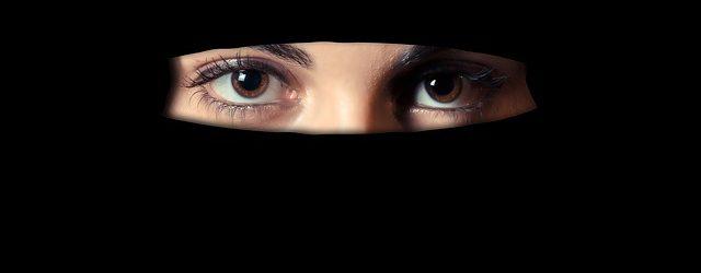 niqab-1621517_640