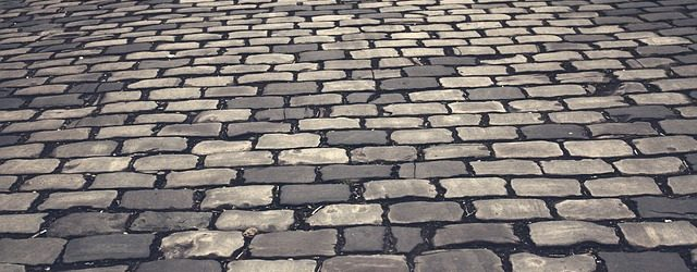 cobblestones-393455_640